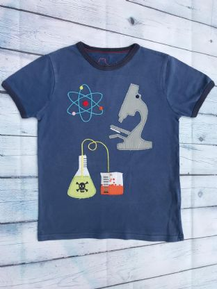 Mini Boden blue applique science lab tshirt age 7-8